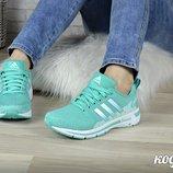 Женские кроссовки Adidas мята