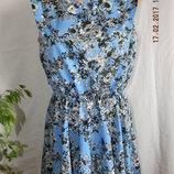 Легкое платье с интересной спинкой