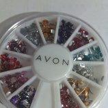 Набор для дизайна ногтей Avon из разноцветных стразиков