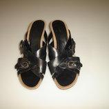 Кожаные босоножки на каблуке Clarks , р 40 UK 7 , стелька 26 см, высота каблука 7,5 см ортопедичес