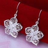 Серебро 925. Серебряные серьги цветочки, сережки, серебрянные.