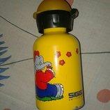 Фирменная бутылка для деток