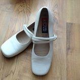 туфлі кожа розмір-39