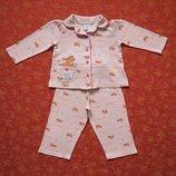 Хлопковая пижама Tu на 1-1,5 года, б/у. Общее состояние хорошее, но есть пару маленьких пятнышек по