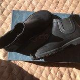 Резиновые ботинки 37р фирмаQuin Bee