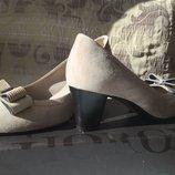 Замшевые туфли Giorgio Fabiani р.37