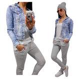 Женская джинсовая светлая куртка