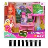 Кукла учитель в школе с аксессуарами мебелью 928В