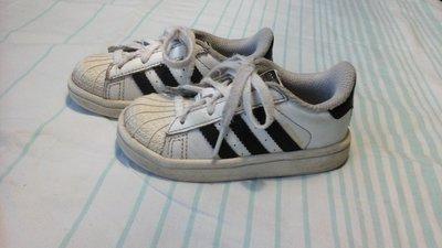 be41d30d Кроссовки Adidas 22 размер. Стелька 14 см.: 150 грн - детская ...