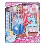 Кукла Золушка с аксессуарами Disney Princess Cinderella's Stamp 'n Design Studio B6908