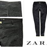 ZARA ,фактурные джинсы