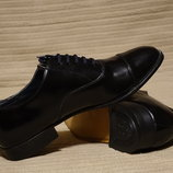 Строгие формальные черные кожаные туфли-оксфорды Town Classics Чехия 9