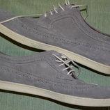 Фирменные туфли от дорогостоящего бренда Fred Perry