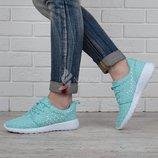 Кроссовки Nike Roshe Run Metric мятные женские текстильные
