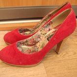 T.Taccardi туфли бархатные красные 38 размер
