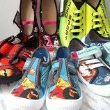 Текстильная обувь Польша тапочки, мокасины, кеды