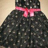 Красивое платье с лебедями 5-6л