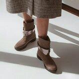 Ботинки цвета капучино из замши. Скидка