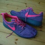 Кроссовки Nike Roshe Run оригинал 39-40 разм