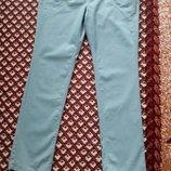 джинсы мятного цвета