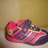 Светящиеся кроссовки на девочку 22 р. B&G, би-джи, кросовки, моргают, мигают, кросівки, спорт