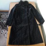 Пальто женское размер М French Connection Польша черный велюв воротник мех