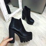 Женские стильные черные кожаные ботильоны