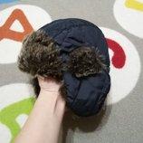 Крутая шапка-ушанка от F&F на 4-8 лет.