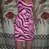 Актуальне базове фірмове плаття для модниць Jane Norman, 10-12, Великобританія.