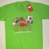 Фирменная спортивная футболка
