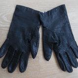 перчатки варекшки рр 7 1/2 кожа новые с бирками dents