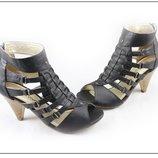 Стильные летние босоножки на каблуке с закрытой пяткой Уценка Распродажа