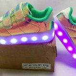 Детские кроссовки со светящейся LED подошвой 24,25,26,27,28,29,30,31,32,33,34,35,36 р. Киев