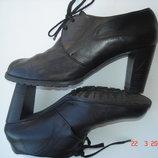 Ботильйоны ботинки Испания натуральная кожа 39 25 см