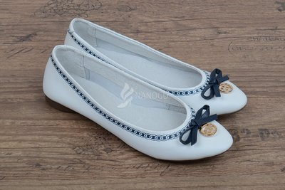 Балетки кожаные Турция женские Bridget белые с синим