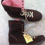 Женские ботинки Stockerpoint