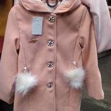 Пальто для девочки с капюшоном весна-осень.Размер 110,116,122 см.