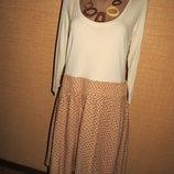 Комбинированное женское платье приталенного фасона ,вверх трикотаж низ штапель