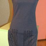 Платье трикотажное с декором, S ,состояние отличное