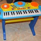 Детский синтезатор со стойкой