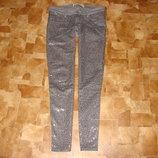 Гламурные джинсы Hollister оригинал W28/L29 7R или M 10-12 как новые одела ровно 2 раза,заказывала