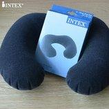 Надувна подушка-подголовник взрослая для путешествий Интекс