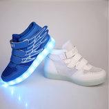 Кроссовки с светящей подошвой LED,сетка, лето. Крылья