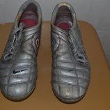 Продам бутсы Nike, 38 р.