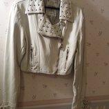 Cуперстильная укороченная фирменная куртка- косуха Parisian
