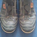 Спортивні туфлі 43р