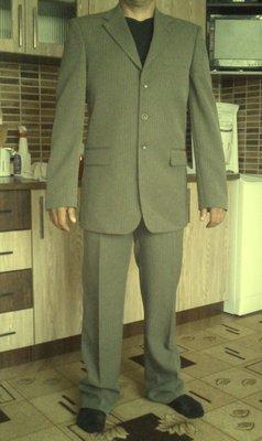 Шикарный мужской костюм SENFONI 52 р. на рост 176-180