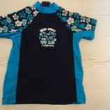 Фирменная футболка на 1-2 года,от солнца