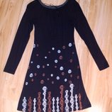 Симпатичное платье миди с длинным рукавом