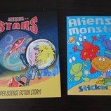 Книги про космос, инопланетян на английском, журнал с наклейками